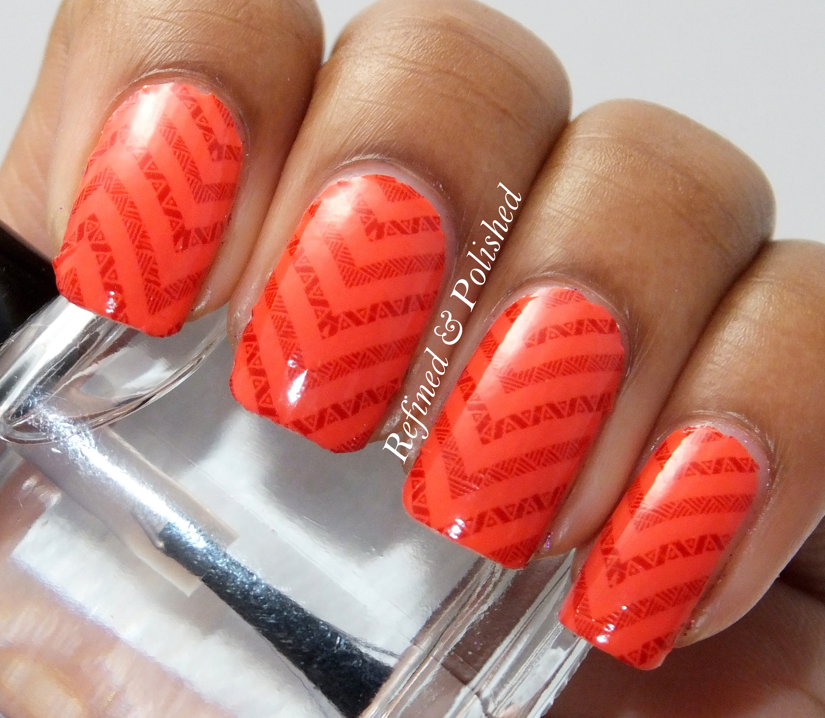 Twinsie Tuesday Chevrons Incoco Nail Strips Refined And Polished