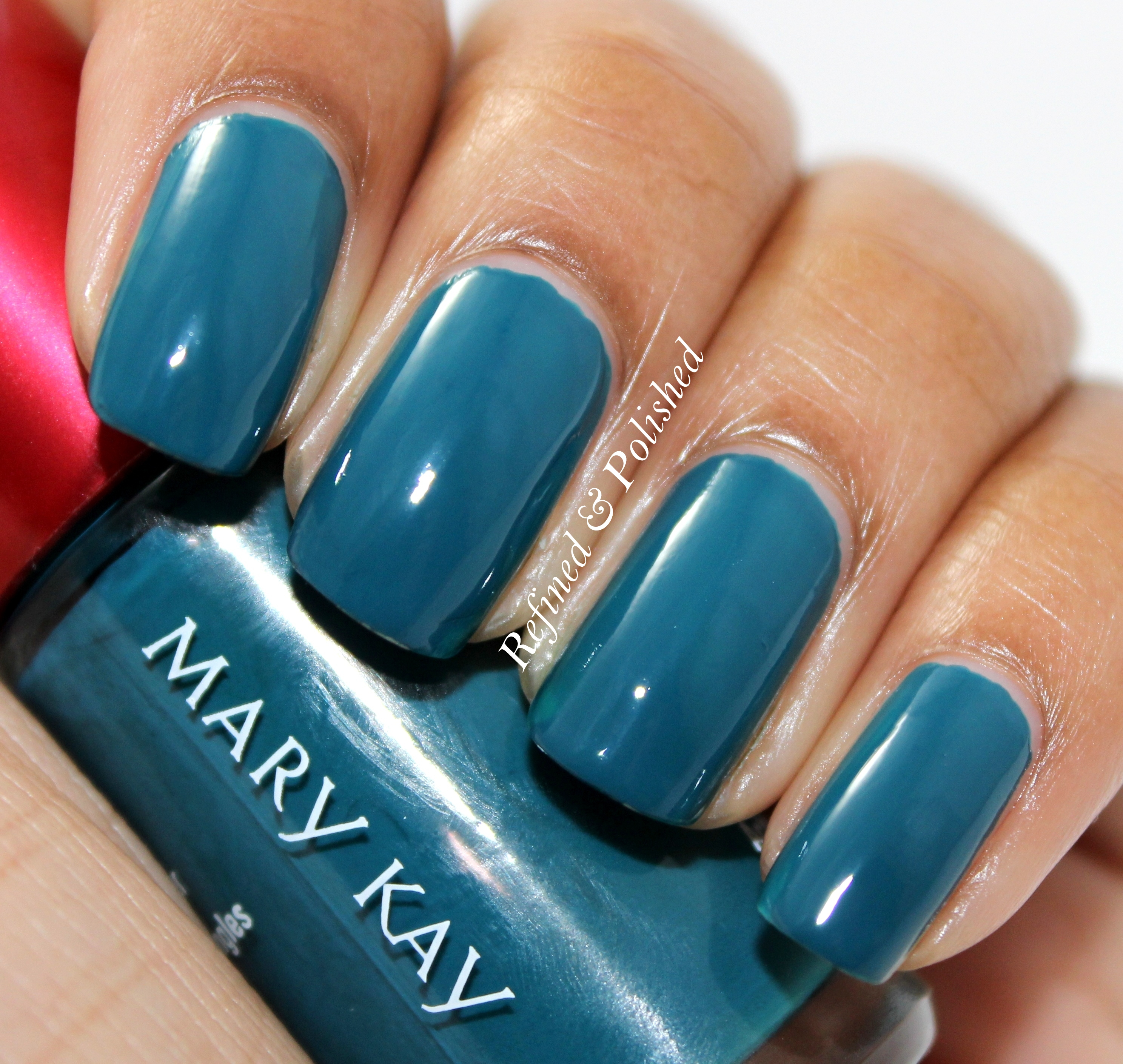 Mary Kay Tempting Teal & Radiant Red - Refined and Polished